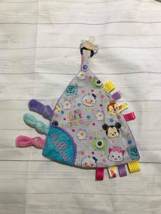 Sensory  Blanket with Dummy/Teething ring Clip